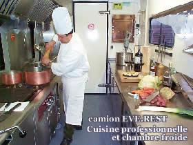 Everest Traiteur Avec Camion Cuisine Haute Savoie France